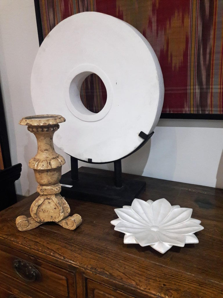 Hand Carved White Marble Lotus Plate For Sale 1