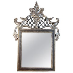 Hand Carved Wood Italian Gilt Mirror