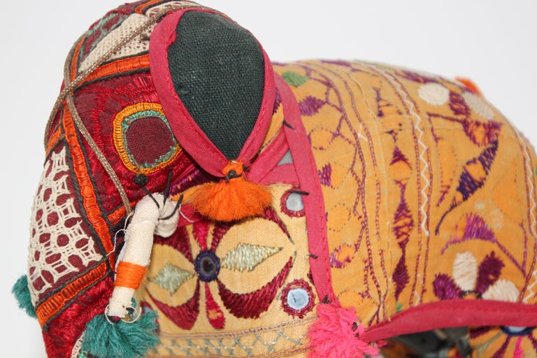 Hand-Crafted Anglo Raj Vintage Stuffed Cotton Embroidered Elephant, India 1950 For Sale 14