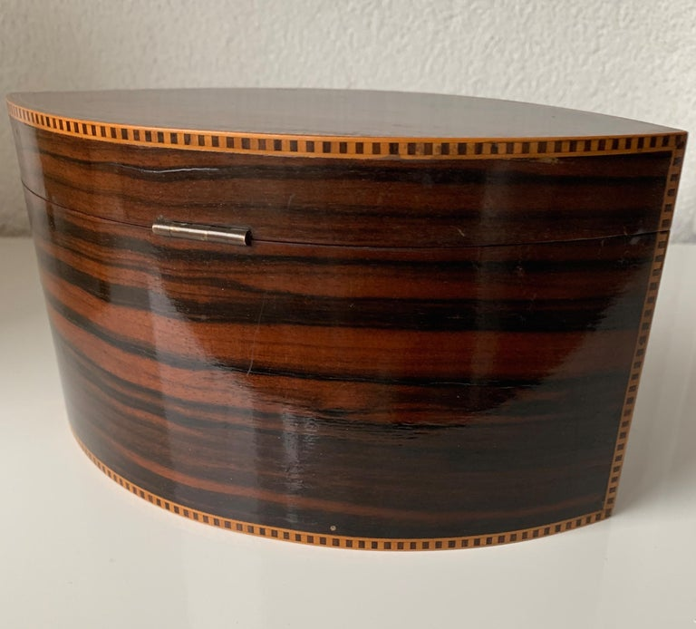 Handcrafted, Top Quality and Stunning Shape Art Deco Mahogany and Macassar Box For Sale 6