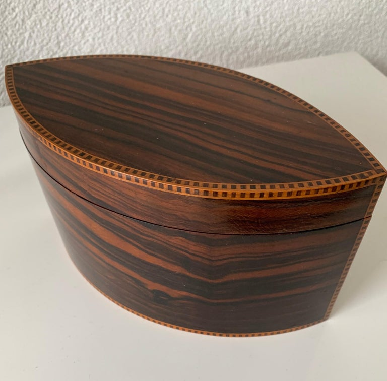Hand-Crafted Handcrafted, Top Quality and Stunning Shape Art Deco Mahogany and Macassar Box For Sale