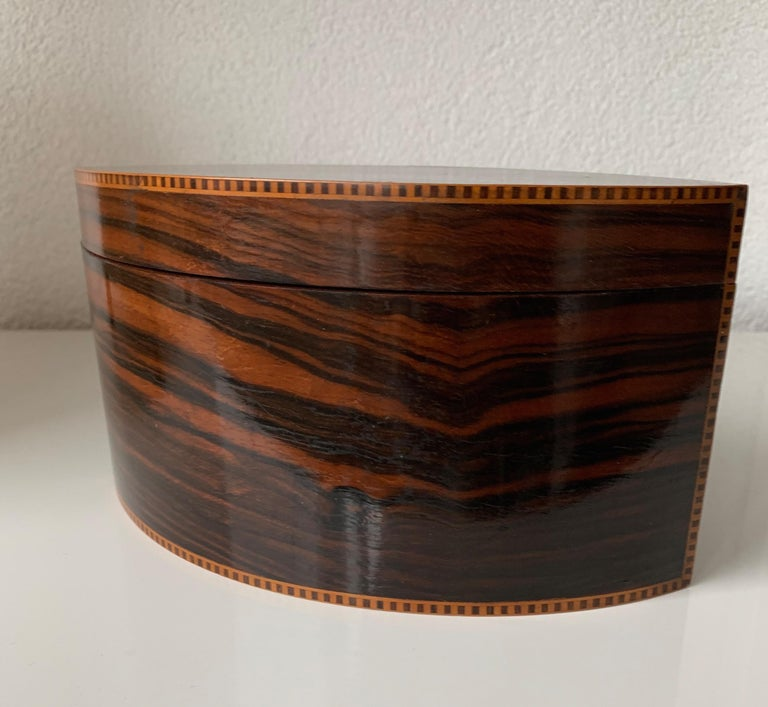 Handcrafted, Top Quality and Stunning Shape Art Deco Mahogany and Macassar Box In Excellent Condition For Sale In Lisse, NL