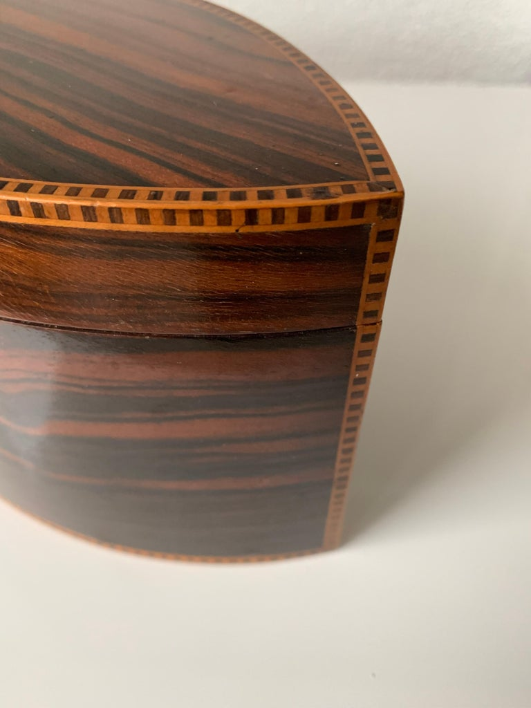 Handcrafted, Top Quality and Stunning Shape Art Deco Mahogany and Macassar Box For Sale 3