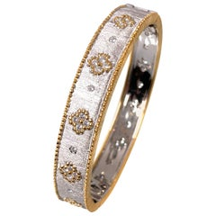 Hand-engraved Clover Pattern Two-tone Platinum Bangle Bracelet