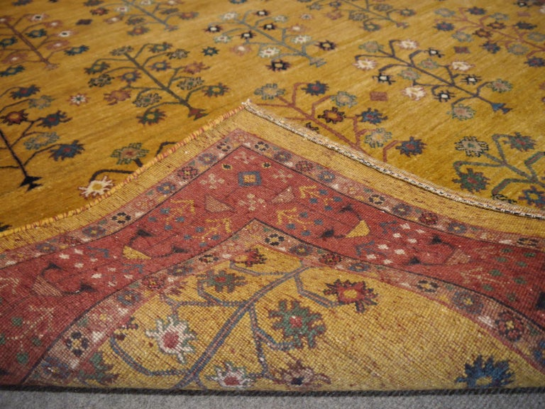 Hand-Knotted Baharlu Design Rug In New Condition For Sale In Lohr, Bavaria, DE
