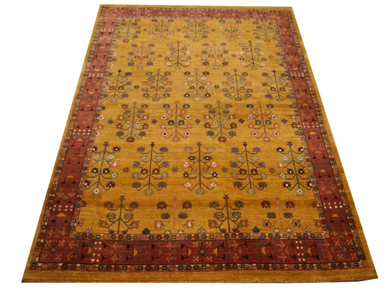 Contemporary Hand-Knotted Baharlu Design Rug For Sale