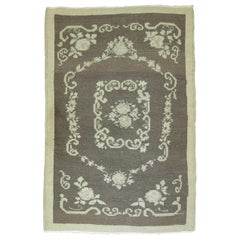 Hand Knotted Gray Floral Motif Mid-20th Century Scatter Size Rug