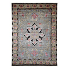 Hand Knotted Heriz Design Wool And Silk Oriental Rug
