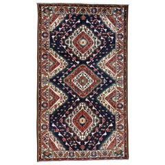 Hand Knotted Persian Bakhtiari Excellent Condition Oriental Rug