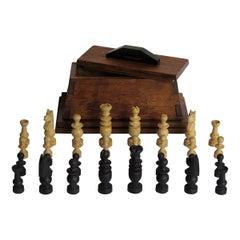 Handmade Complete Chess Set in Oak Dovetailed Box Apprentice Piece, circa 1920