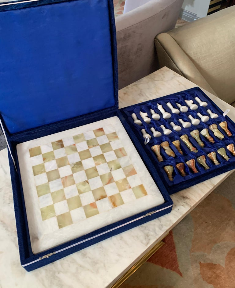 Handmade Onyx and Marble Chess Board and Pieces For Sale 4