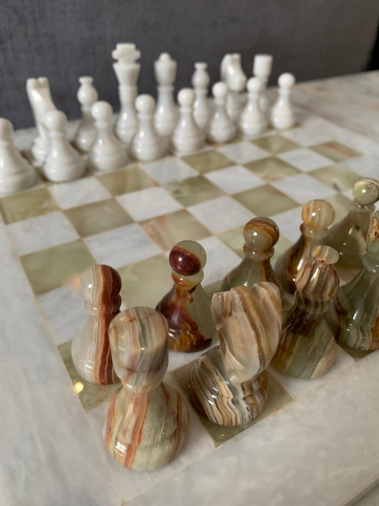 20th Century Handmade Onyx and Marble Chess Board and Pieces For Sale