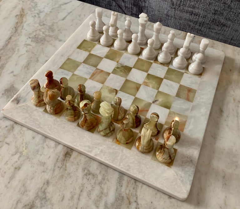 Handmade Onyx and Marble Chess Board and Pieces For Sale 1