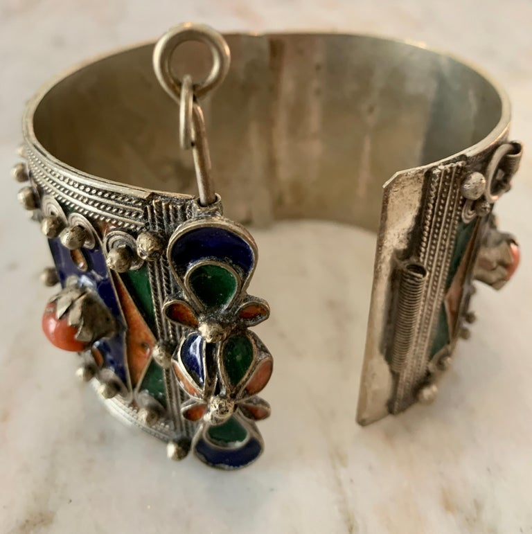 Handmade Silver and Enamel Bracelet Cuff In Good Condition For Sale In Los Angeles, CA
