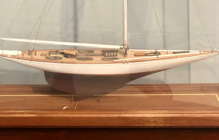 Hand Modeled Clipper Ship in a Glass and Bronze Case For Sale 1