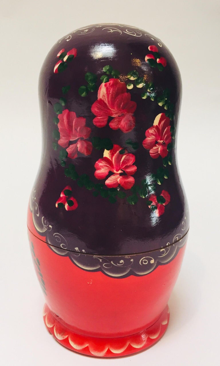 20th Century Hand Painted and Carved Nesting Matryoshka Russian Dolls For Sale