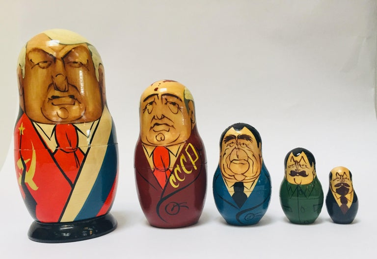 Hand Painted and Carved Nesting Matryoshka Soviet Politicians USSR, 1990s In Good Condition For Sale In North Hollywood, CA