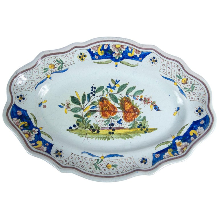 Hand Painted French Faience Platter, Early 19th Century For Sale