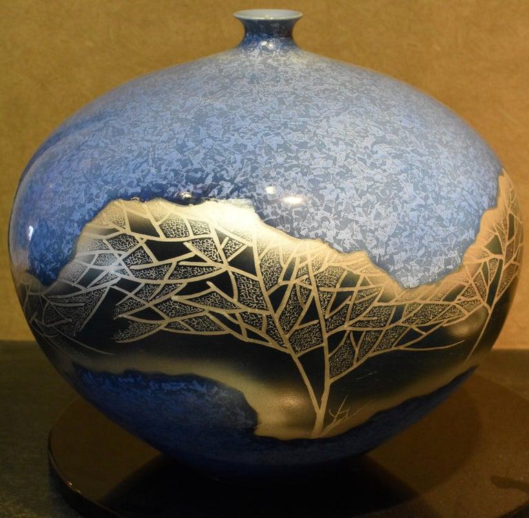 Gilt Hand Painted Japanese Porcelain Vase in Blue and Platinum by Master Artist For Sale
