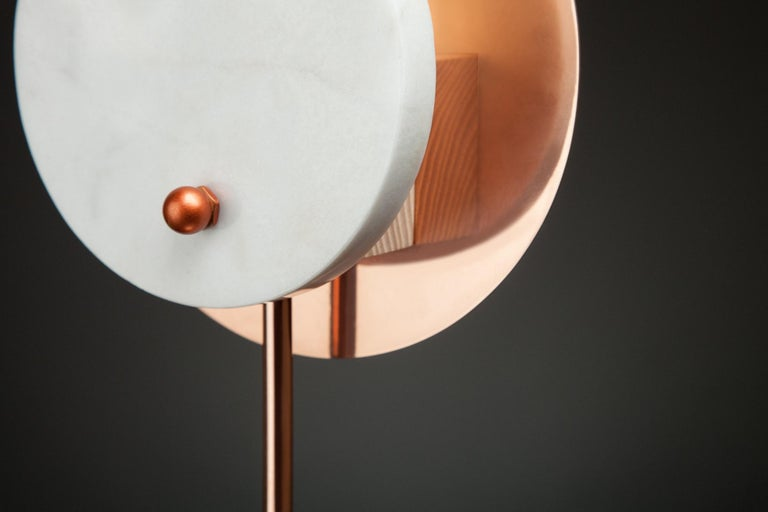 Post-Modern Hand-Sculpted Onyx Table Lamp, Stoned Sun For Sale