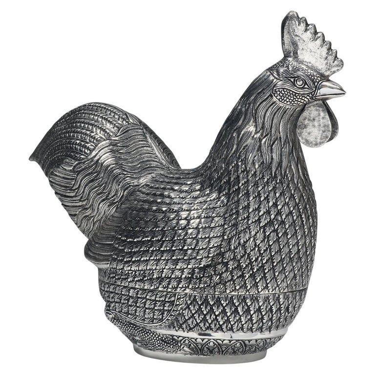 Hand-Worked Contemporary Solid Silver Rooster Box For Sale