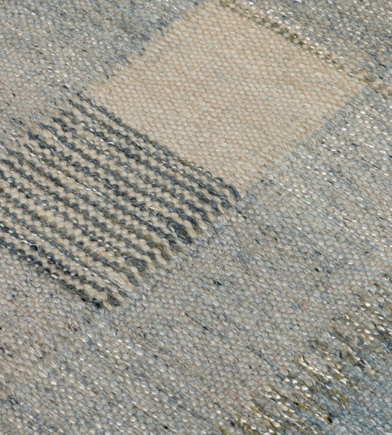 Handwoven Swedish Kilim Style Wool Rug In New Condition For Sale In West Hollywood, CA