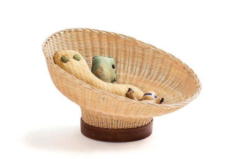 Hand-Woven Handwoven Wicker and Leather Centerpiece 'Mawa' For Sale