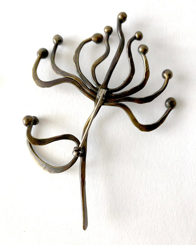 Hand Wrought Studio Organic Modernist Bronze Brooch In Good Condition For Sale In Los Angeles, CA