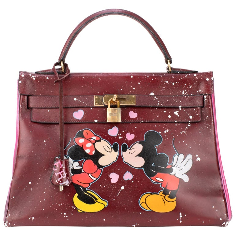 "Handbag Hermès Kelly 32 in burgundy calfskin customized ""Minnie&Mickey in love""!"
