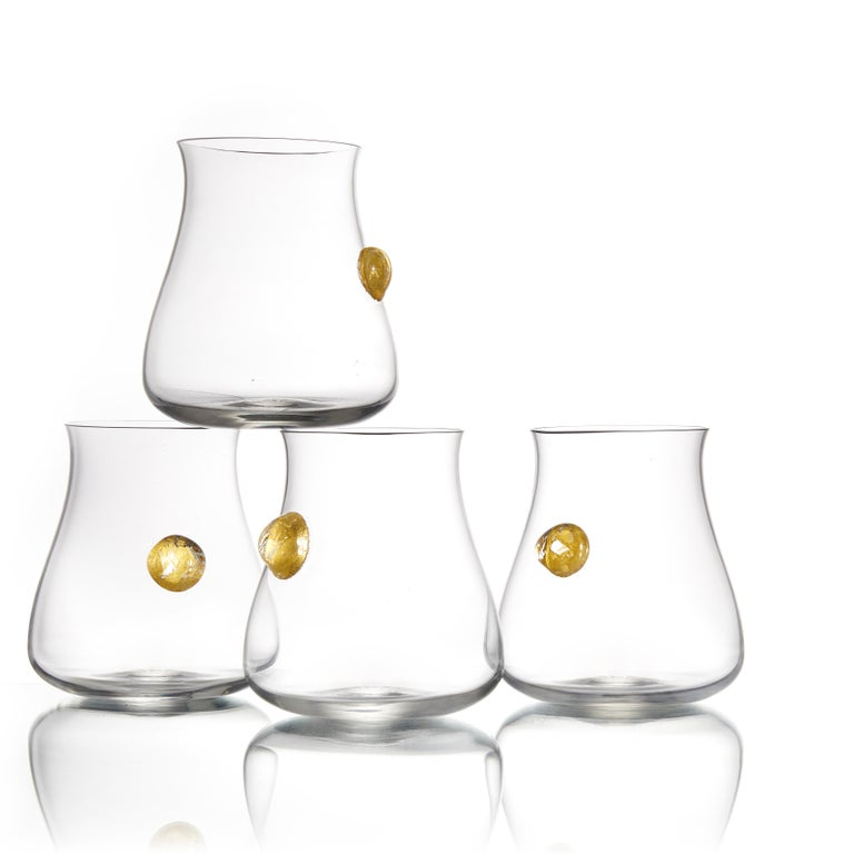 American Hand Blown Glass Wine Decanter and Four Glasses with Gold Gift Set by Vetro Vero For Sale