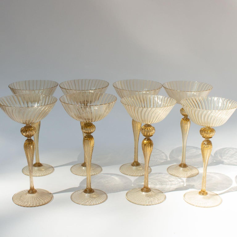 Italian Handblown Murano Stemware Service in Lattice Pattern for Eight Persons For Sale