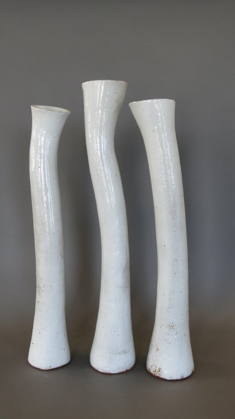 Tall Arcing Ceramic Vase, White Glaze with Brown Edge, Hand Built For Sale 5