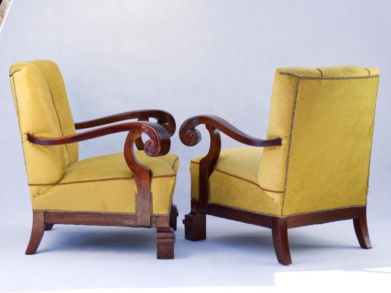 20th Century Hand Carved Walnut Art Nouveau Armchairs, circa 1920 For Sale