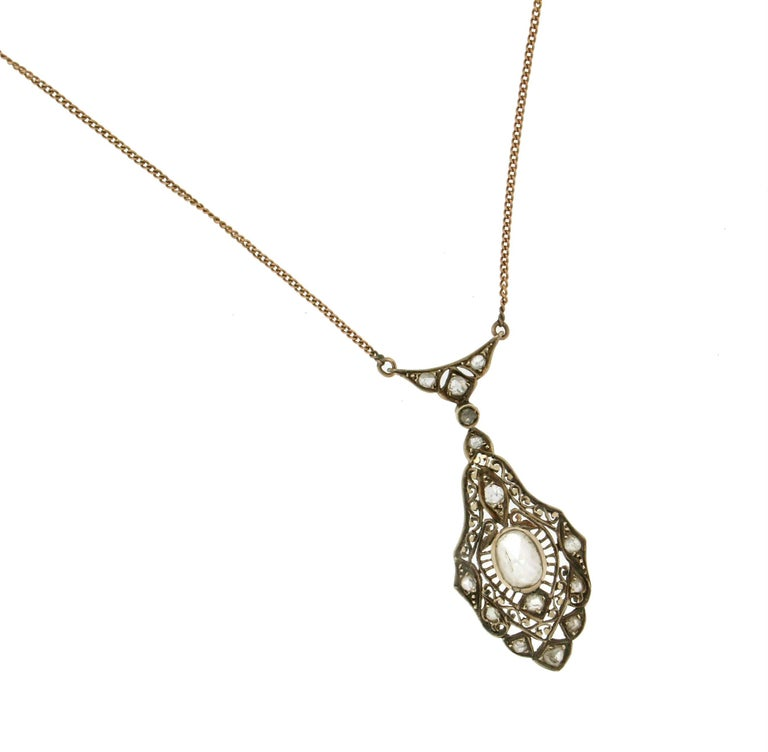 Artisan Handcraft 14 Karat Yellow Gold Diamonds Pendant Necklace For Sale