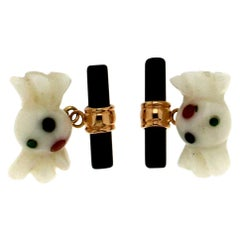 Handcraft 18 Karat Yellow Gold Onyx and White Agate Cufflinks