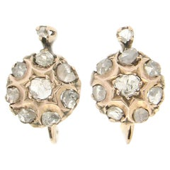 Handcraft 9 Karat Yellow Gold Diamonds Stud Earrings
