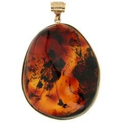 Handcraft Amber 14 Karat Yellow Gold Pendant Necklace