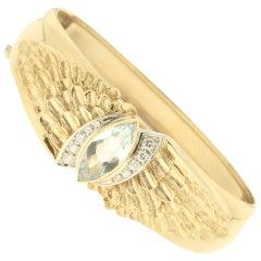 Handcraft Aqumarine 18 Karat Yellow Gold Diamonds Bangle Bracelet