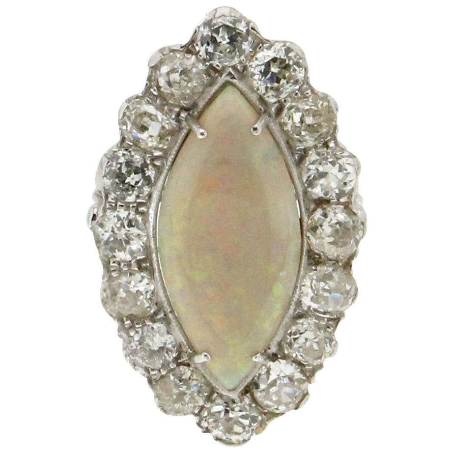 Handcraft Australian Opal 18 Karat White Gold Diamonds Cocktail Ring