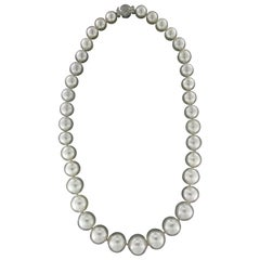 Handcraft Australian Pearls 18 Karat White Gold Strand Rope Necklace