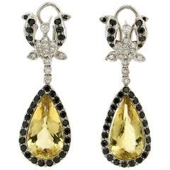 Handcraft Beryl 18 Karat White Gold Diamonds Drop Earrings