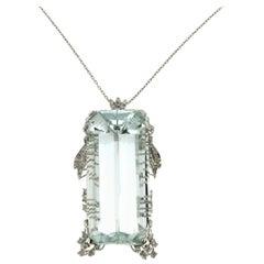 Handcraft Brazilian Aquamarine 18 Karat White Gold Diamonds Pendant Necklace