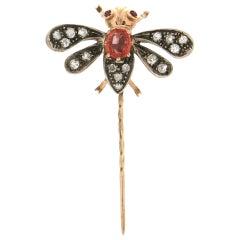 Handcraft Butterfly 14 Karat Yellow Gold Diamonds Sapphire Brooch