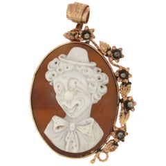 Handcraft Cameo Clown 9 Karat Yellow Gold Pendant Necklace