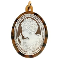 Handcraft Cameo Galalith Pendant Necklace