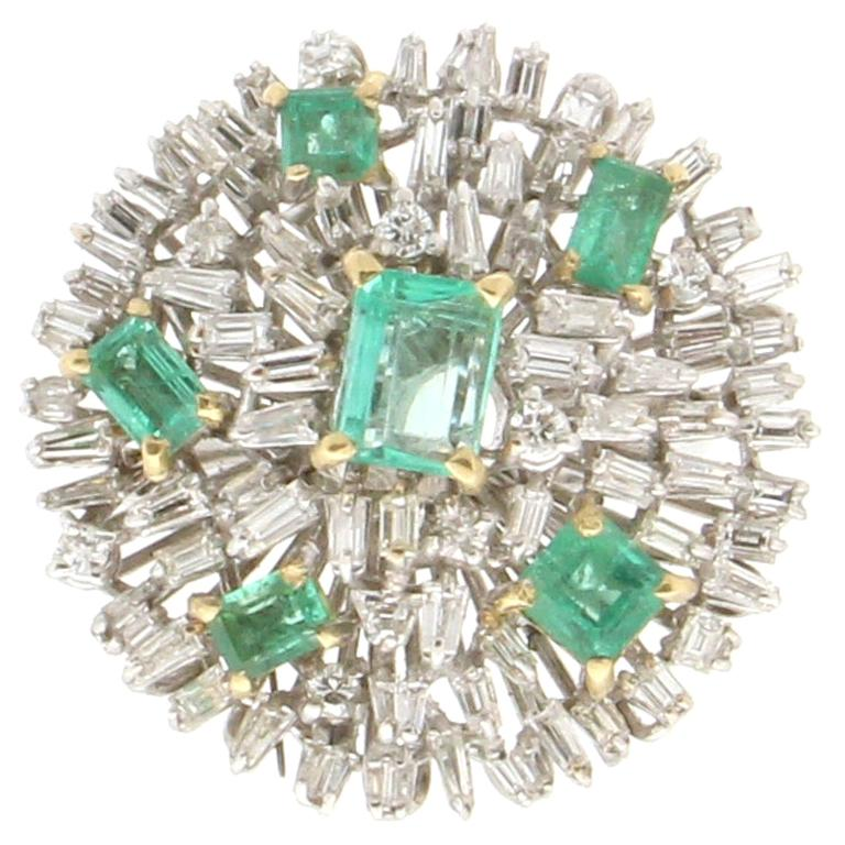 Handcraft Colombian Emeralds 18 Karat White Gold Diamonds Cocktail Ring