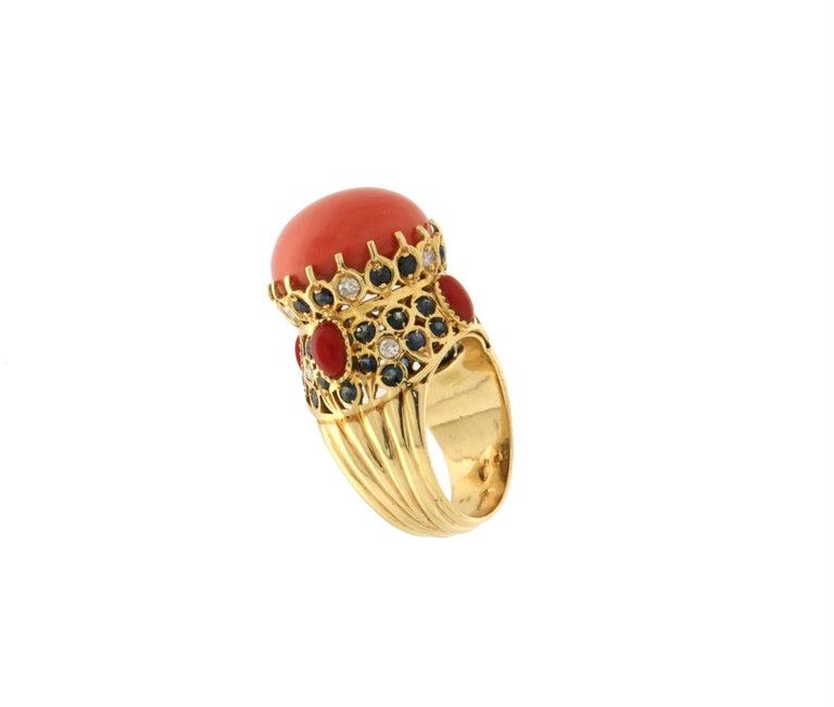 Artisan Handcraft Coral 14 Karat Yellow Gold Sapphires Diamonds Cocktail Ring For Sale