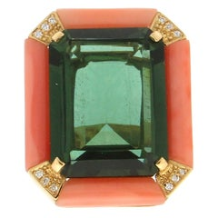 Handcraft Coral 18 Karat Yellow Gold Quartz Diamonds Cocktail Ring