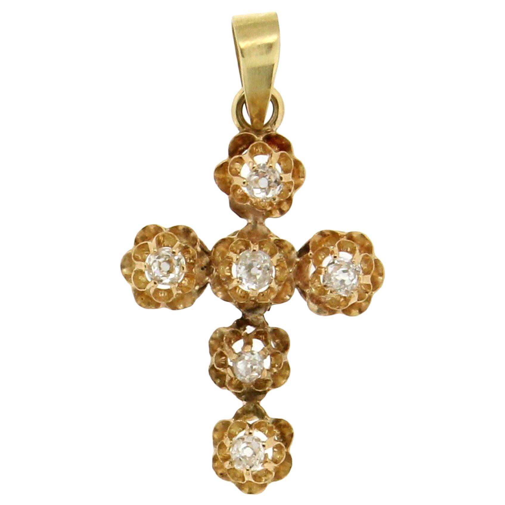 Handcraft Cross 18 Karat Yellow Gold Diamonds Pendant Necklace