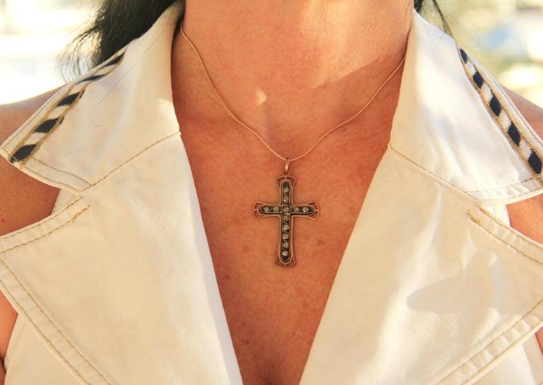 Handcraft Cross 9 Karat Yellow Gold Diamonds Pendant Necklace For Sale 2